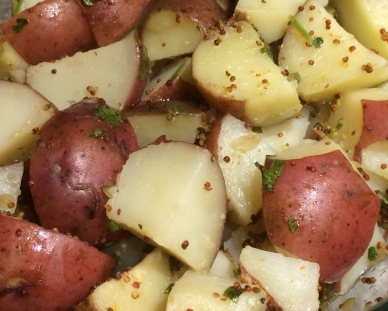 red-potatoes-with-mustard